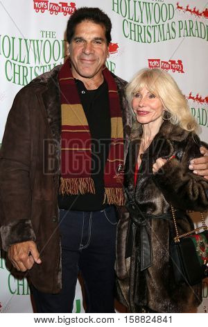 LOS ANGELES - NOV 27:  Lou Ferrigno, Carla Ferrigno at the 85th Annual Hollywood Christmas Parade at Hollywood Boulevard on November 27, 2016 in Los Angeles, CA
