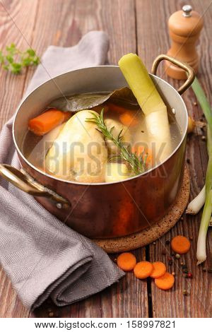 poule au pot,chicken stew with vegetable