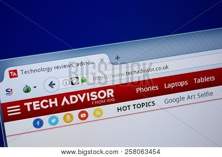 Ryazan, Russia - September 09, 2018: Homepage Of Tech Advisor Website On The Display Of Pc, Url - Te