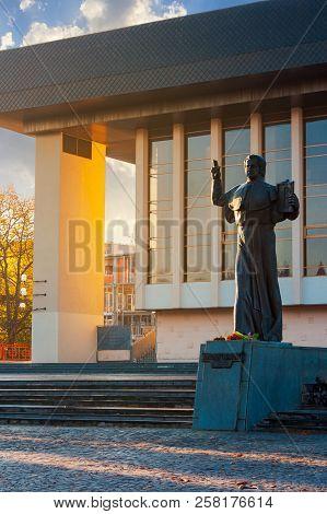 Uzhgorod, Ukraine - Nov 10, 2012: A. Dukhnovich Memorial Near The Uzhgorod Drama Theater. Lovely Urb