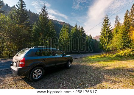 Mizhhirya, Ukraine - Oct 21, 2017: Hyundai Tucson Suv On Countryside Road. Lovely Transportation Sce