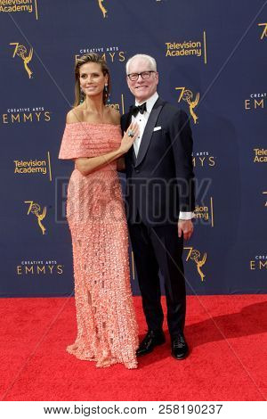 LOS ANGELES - SEP 9:  Heidi Klum, Tim Gunn at the 2018 Creative Arts Emmy Awards - Day 2 - Arrivals at the Microsoft Theater on September 9, 2018 in Los Angeles, CA