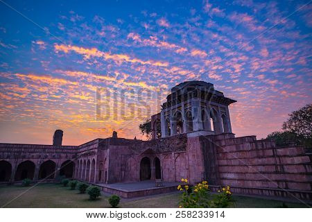 Mandu India, Afghan Ruins Of Islam Kingdom, Mosque Monument And Muslim Tomb. Colorful Sky At Sunrise