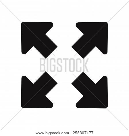 Full Screen Icon Isolated On White Background. Full Screen Icon In Trendy Design Style. Full Screen