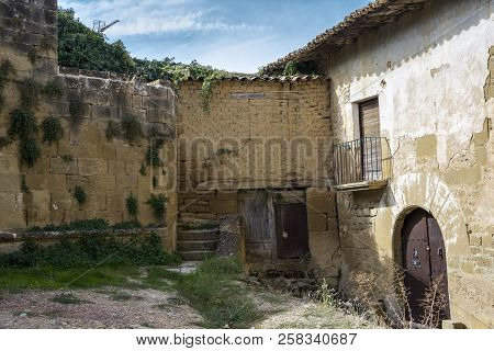 Old Houses In Uncastillo. It Is A Historic Town And Municipality In The Province Of Zaragoza, Aragon