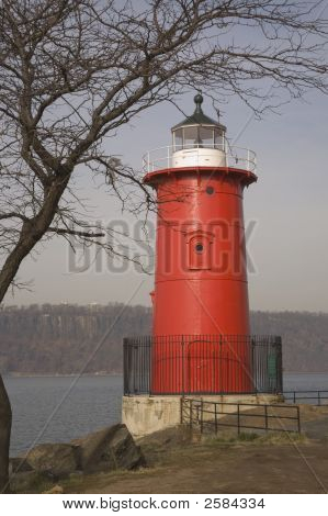 Little Red Lighthouse3