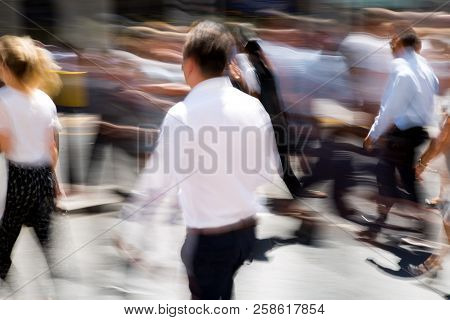 London, Uk - 26 June, 2018: Business People And Office Workers Crossing The Road. Walking People Mot