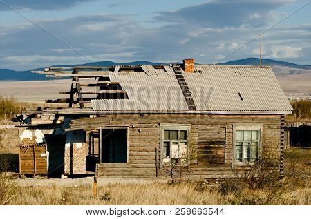 Old Abandoned House In Siberia - Russia