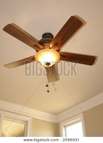 Ceiling Fan With Window 2