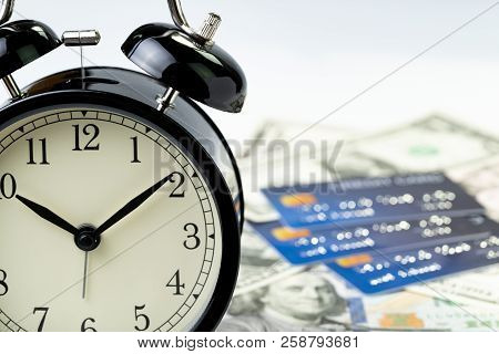 Time Countdown Or Deadline To Pay For Credit Card Debt, Financial Habit Concept, Alarm Clock With Ma