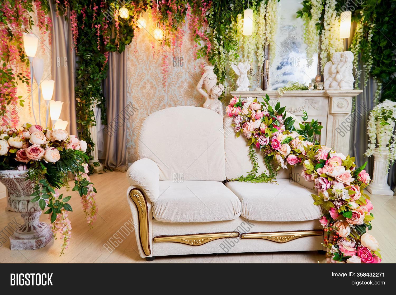 Living Room White Sofa Image Photo Free Trial Bigstock