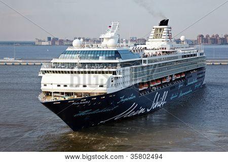 ST PETERSBURG - JULY 19: Mein Schiff 2 - second cruise ship of Tui Cruises in St Petersburg harbor, July 19, 2011, St Petersburg, Russia.