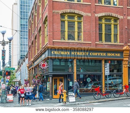 Seattle, Washington - July 3, 2019: In Addition To Tech, Seattle Has A Thriving Tourism Industry. Si