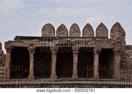 Gwalior, Madhya Pradesh/india - March 15, 2020 : Exterior Of Gwalior Fort