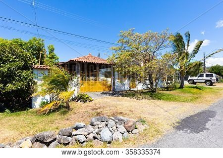 Orosi Costa Rica March 17 Typical Latin American House In The Tropical Nature Of Orosi Hills In Nort