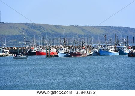Saint John, Nb, Canada - May 21, 2016: Fishing Boats At The Digby Port In Town Of Digby, Nova Scotia