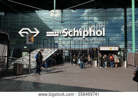 Amsterdam Schiphol Netherlands August 2018, Airport With Passengers During Vacation Season In The Ne
