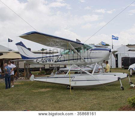 Super Sealane 10-550
