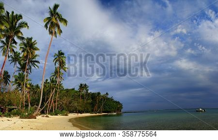 Beautiful Day At The Beach: Wonderful Beach Scenery On Fiji