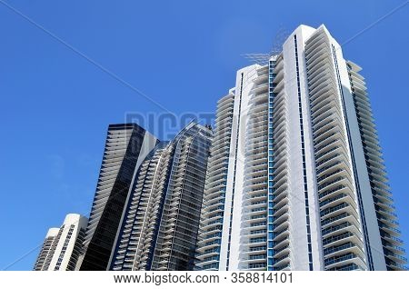 Exteriors Of Ultra-modern Luxury Condominium Towers Overlooking The Atlantic Ocean In North Miami Be