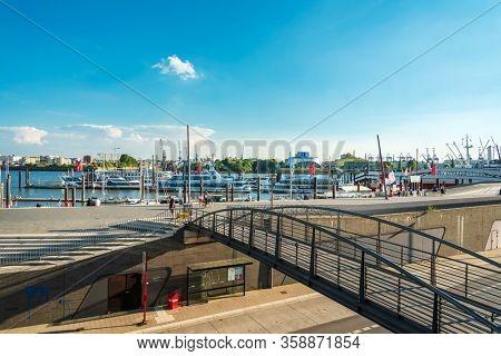 HAMBURG, GERMANY - JULY 24, 2018 : Tourists on foot Graben Hamburg, Germany.