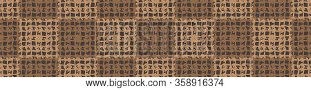 Hand Drawn Whimsical Woven Texture Seamless Border Pattern. Vector Textured Organic Criss Cross Weav