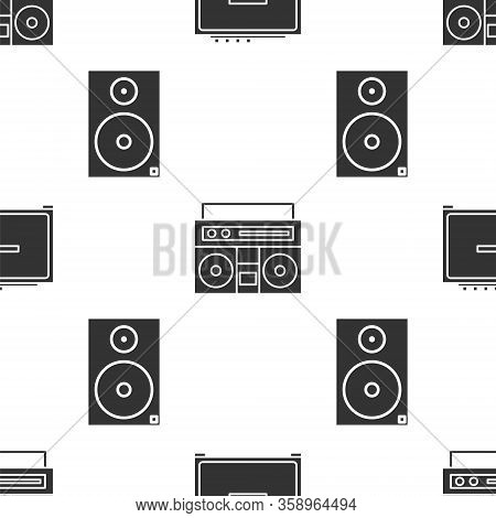 Set Guitar Amplifier, Home Stereo With Two Speakers And Stereo Speaker On Seamless Pattern. Vector