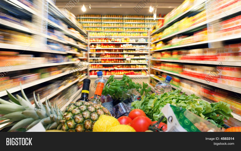 Shopping cart fruit vegetable food image photo bigstock for Shopping cuisine