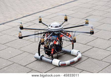 Octocopter Take-off