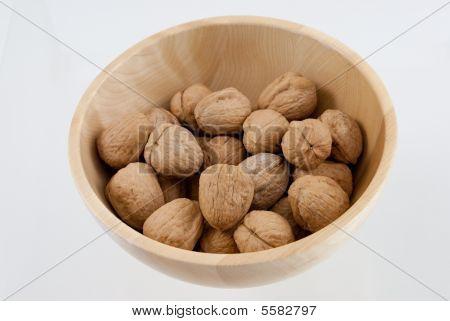 Walnuts in bowl