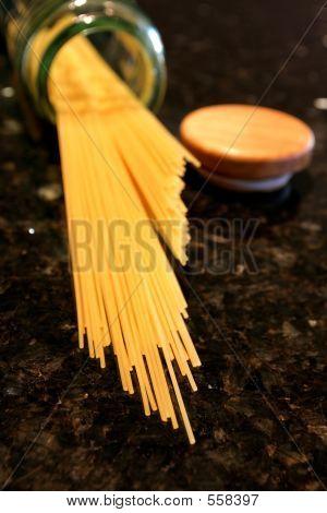 Spaghetti Pasta Spilling
