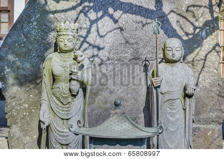 Jizo Bodhisattva with Chinese Goddes Statue at Hasedera Temple in Kamakura