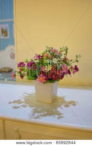 White Ceramic Pot Vase Flower Pot Artificial On Table