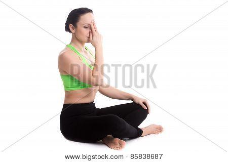 Nadi Shodhana Pranayama In Yoga Easy Pose