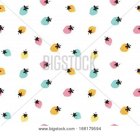 Vector colorful strawberry background. Seamless pattern of hand drawn strawberries. Natural seamless pattern of garden fruits.