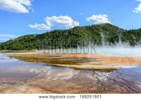 Grand Prismatic Spring in Yellowstone National Park, Wyoming USA