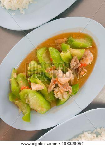 Stir Fried Ridge Gourd With Shrimp And Pork