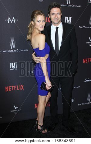 LOS ANGELES - JAN 8:  Ashley Hinshaw, Topher Grace at the Weinstein And Netflix Golden Globes After Party at Beverly Hilton Hotel Adjacent on January 8, 2017 in Beverly Hills, CA