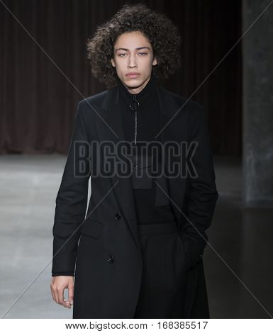 Boss - Men Fall Winter 2017 Mens Show