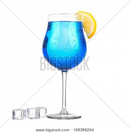Sprite Drinks Whit Sparkllng Soda And Ice In Glass Isolated On White