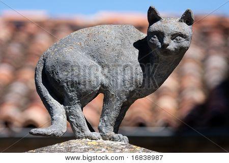 Sculpture of a cat