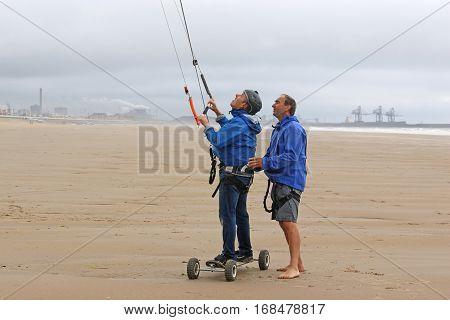 kite mountain boarder under instruction on Aberavon beach
