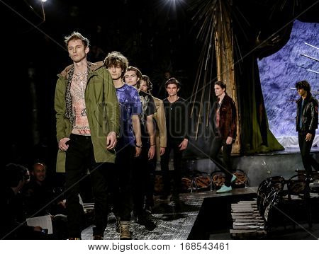 New York Fashion Week: Men's John Varvatos Fw 2017 Collection
