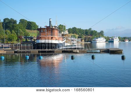 LAPPEENRANTA, FINLAND - AUGUST 09, 2015: The ships moored at the city embankment. August morning on the Saimaa lake