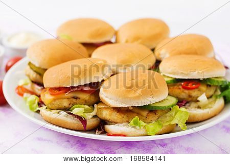 Mini Hamburgers With Chicken Burger, Cheese And A Vegetables