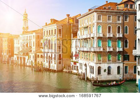 Venice Canal Grande photographed by the Ponte di Rialto.