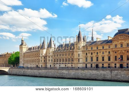 Paris, France - July 06, 2016 : Castle - Prison Concierges Seafront Of  The Seine  River In Paris. F