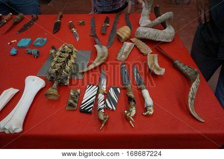 knife horn bones ram souvenir art crete