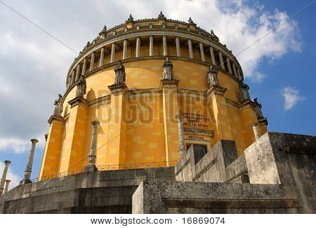 "The Befreiungshalle (""Hall of Liberation"") is an historical classical monument upon Mount Michelsberg above the city of Kelheim in Bavaria, Germany."