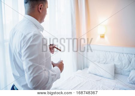 bride in a hotel room on the wedding day